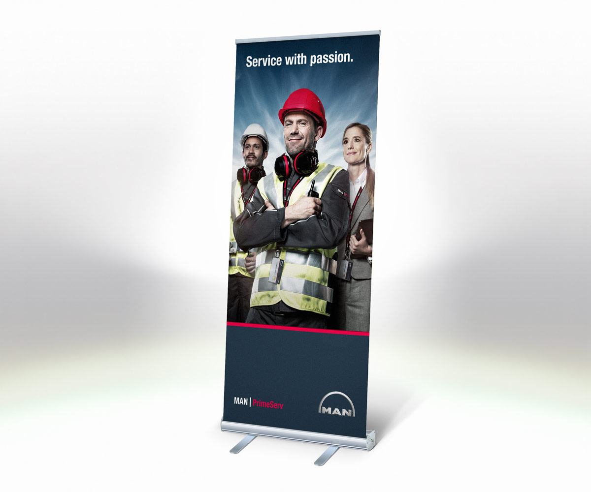 MAN-PRIMESERV-PASSION-MOCKUPS-ROLL-UP-SMALL